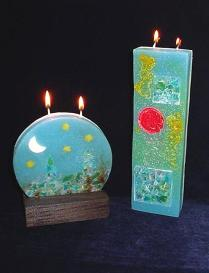 Round or Tall Designer Candles - Beeswax handmade candles. Each piece is set one by one. Candles includes 2 wicks total. Beautiful for decoration and a unique wax piece of art. Wooden base are included. More designs will be available soon. Unique designs!