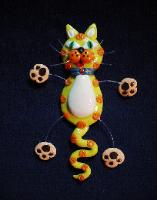 Fimo 'Yelloww Cat' Jewelry Pin Collection -  Handmade with polymer clay. Micro filament  is used for final details. Also can be used as a magnet. Please, chose the specific cart button when order.